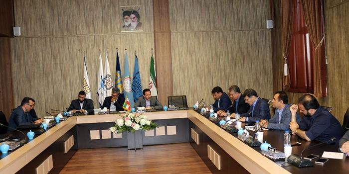نشست هماندیشی مدیرعامل و نمایندگان استانی کانون جهانگردی و اتومبیلرانی برگزار شد
